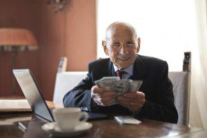 Hae lainaa ilman säännöllisiä tuloja